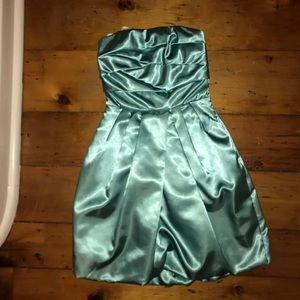 Strapless teen/tween dress